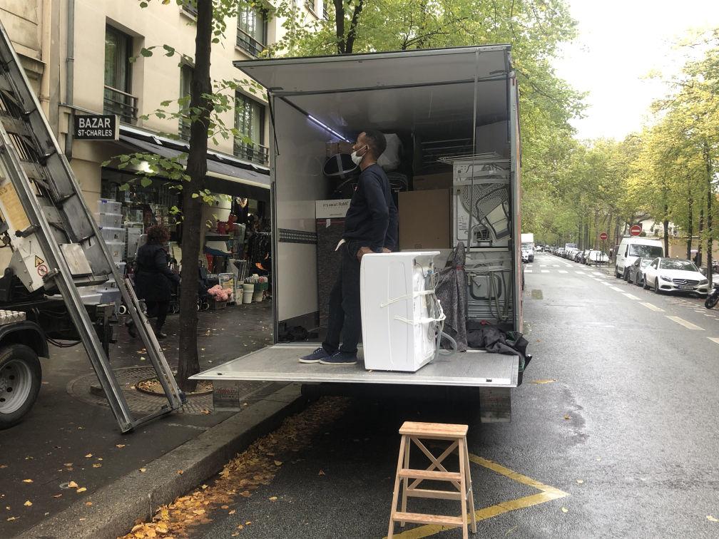Demanegement Mote Meuble Parisien