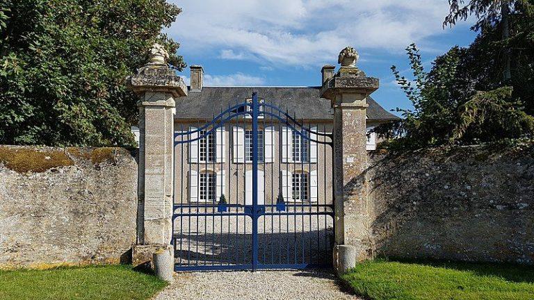 portail manoir